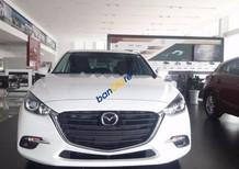 Cần bán Mazda 3 đời 2017, màu trắng, giá chỉ 690 triệu