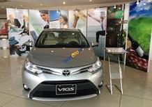 Bán Toyota Vios 1.5E(CVT), KM cực lớn giảm tiền mặt và gói phụ kiện đầu DVD và camera báo lùi hoặc bảo hiểm