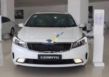Bán ô tô Kia Cerato 1.6AT đời 2017, màu trắng