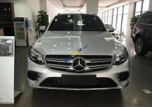 Cần bán xe Mercedes GLC300 4Matic đời 2017, màu bạc, nhập khẩu nguyên chiếc