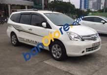 Bán xe Nissan Grand livina 2012, màu trắng, xe gia đình