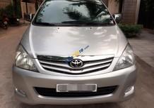 Bán gấp chiếc xe Toyota Innova 2.0G nguyên bản đời 2010, màu bạc giá 415 triệu