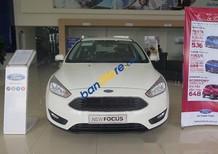 Bán xe Ford Focus 1.5AT Ecoboots đời 2017, màu trắng