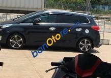 Cần bán gấp Kia Rondo sản xuất 2015, màu xám