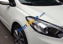 Bán xe Kia K3 2015, màu trắng số tự động