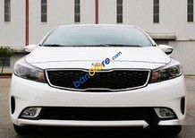 Bán Kia Cerato đời 2017, xe mới, màu trắng