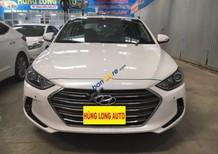 Bán xe Hyundai Elantra 2.0AT sản xuất năm 2016, màu trắng
