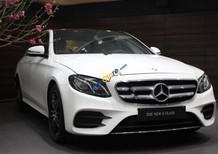 Cần bán xe Mercedes đời 2017, màu trắng