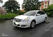 Cần bán lại xe Nissan Teana đời 2011, màu trắng, xe nhập, giá 605tr