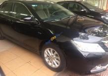 Cần bán lại xe Toyota Camry 2.0E đời 2013, màu đen