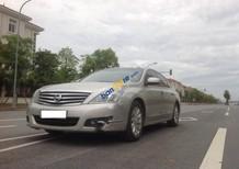 Bán ô tô Nissan Teana 2.0AT 2011, màu bạc, xe nhập ít sử dụng
