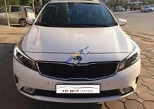 Cần bán lại xe Kia Cerato 2.0AT đời 2016, màu trắng số tự động
