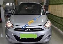 Bán xe Hyundai i10 AT sản xuất 2011, màu bạc, nhập khẩu nguyên chiếc, giá 289tr