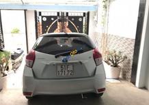 Cần bán lại xe Toyota Yaris 1.5G năm 2015, màu bạc, nhập khẩu