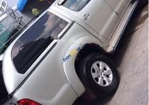 Bán xe Toyota Hilux 3.0L 4x4MT đời 2010, màu bạc, nhập khẩu như mới