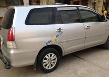 Cần bán Toyota Innova G đời 2011, màu bạc, xe đẹp bảo dưỡng định kỳ