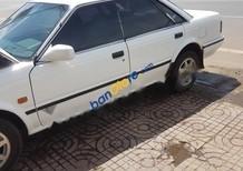 Cần bán Nissan Bluebird đời 1990, màu trắng, nhập khẩu, giá tốt