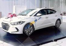 Cần bán xe Hyundai Elantra GLS (2.0AT) 2017, màu trắng, 689tr