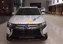 Bán xe Mitsubishi Outlander CVT 1 cầu 2017, nhập khẩu nguyên chiếc từ Nhật, màu trắng