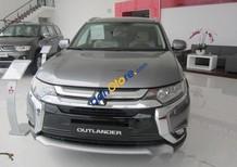 Cần bán Mitsubishi Outlander 2.0 CVT sản xuất 2017, màu xám, nhập khẩu