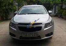 Cần bán Chevrolet Cruze LS 1.6 MT đời 2011, màu bạc