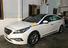 Cần bán gấp Hyundai Sonata đời 2015, màu trắng