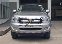 Ford Ranger màu bạc, phiên bản XLT động cơ 2.2L số sàn 6 cấp xe 2 cầu 4x4, hỗ trợ trả góp hơn 80% giá trị xe