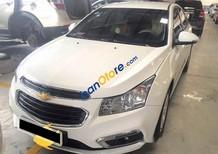 Bán Chevrolet Cruze đời 2015, màu trắng số sàn