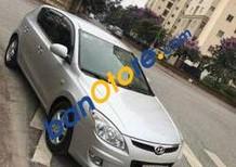 Cần bán gấp Hyundai i30 đời 2008, màu bạc số tự động