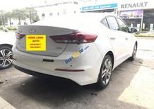 Bán Hyundai Elantra 2.0 AT 2017 hoàn toàn mới