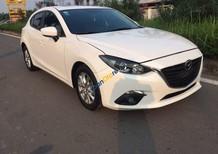 Cần bán lại xe Mazda 3 năm sản xuất 2015, màu trắng