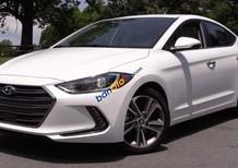 Bán xe Hyundai Elantra sản xuất 2017, màu trắng, giá tốt