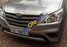 Cần bán gấp Toyota Innova MT năm sản xuất 2015, màu xám