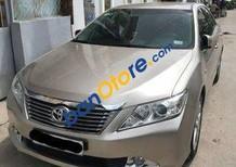 Cần bán Toyota Camry AT năm 2013 chính chủ, giá chỉ 855 triệu