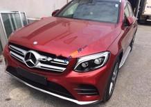 Cần bán Mercedes GLC300 năm sản xuất 2017, màu đỏ
