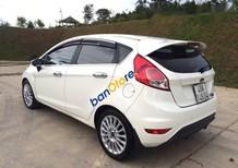 Bán Ford Fiesta đời 2016, màu trắng, xe đẹp bao rút hồ sơ