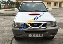 Cần bán gấp Nissan Terrano 2.4 MT 2001