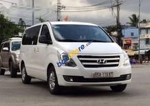 Cần bán Hyundai Starex năm sản xuất 2016, màu trắng, nhập khẩu