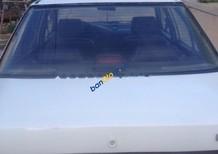 Bán xe Mazda 323 sản xuất 1995, màu trắng, nhập khẩu, giá tốt