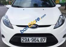 Cần bán Ford Fiesta 1.6 AT đời 2013, màu trắng, giá tốt