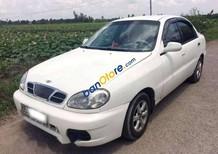 Cần bán lại xe Daewoo Lanos năm sản xuất 2001, màu trắng