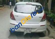 Cần bán Hyundai i20 sản xuất năm 2013, màu trắng