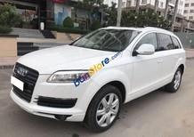 Cần bán gấp Audi Q7 4.2AT sản xuất năm 2007, màu trắng, nhập khẩu