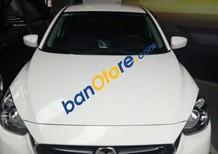 Cần bán gấp Mazda 2 1.5AT năm 2017, màu trắng như mới