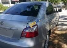 Cần bán gấp Toyota Vios năm 2011, màu bạc giá cạnh tranh