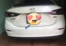 Cần bán gấp Mazda 3 1.5 sản xuất 2015, màu trắng, 575 triệu