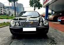 Bán Mercedes E280 sản xuất 2004, màu đen, xe đẹp