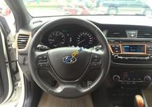 Bán xe Hyundai i20 Active 1.4 AT đời 2016, màu trắng, xe nhập như mới, giá 570tr