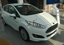 Cần bán xe Ford Fiesta 2018, màu trắng+ KM bộ PK chính hãng, giá 520tr