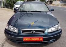 Bán ô tô Toyota Camry 2.2GLi đời 2001, xe đẹp, gầm êm máy chất, hồ sơ cầm tay